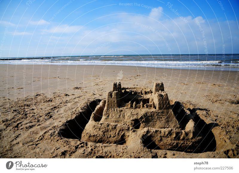 super Sandburg Natur Ferien & Urlaub & Reisen Sommer Strand Meer Spielen Freiheit Landschaft Wellen Freizeit & Hobby Schönes Wetter Kinderspiel Sandburg