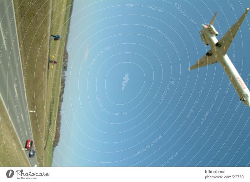 jeeet Flugzeug Luftverkehr Bewegung Flughafen Swiss Flugzeuglandung Touch Down
