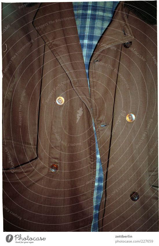 Angeblitzte Jacke Bekleidung Stoff authentisch Knöpfe Knopfloch Kragen kariert zweireiher Konfektion herrenkonfektion Joppe Farbfoto Innenaufnahme
