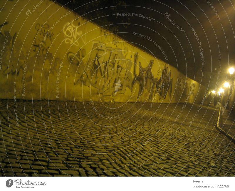 STREETNIGHT Kultur Hiphop Fototechnik Street grafitti Nachtaufnahme pragua