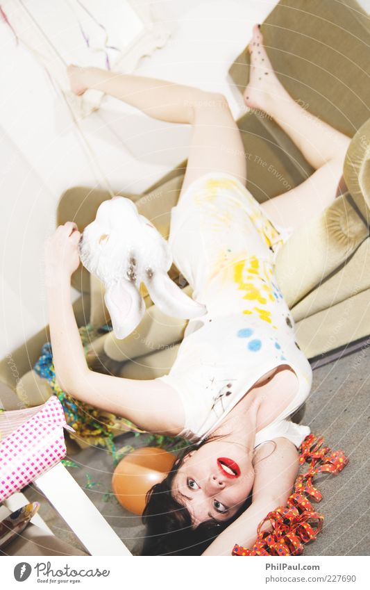 Party, Los Angeles! II Mensch Jugendliche Freude Leben feminin Gefühle Stil Erwachsene Feste & Feiern Freizeit & Hobby Mode liegen wild Fröhlichkeit