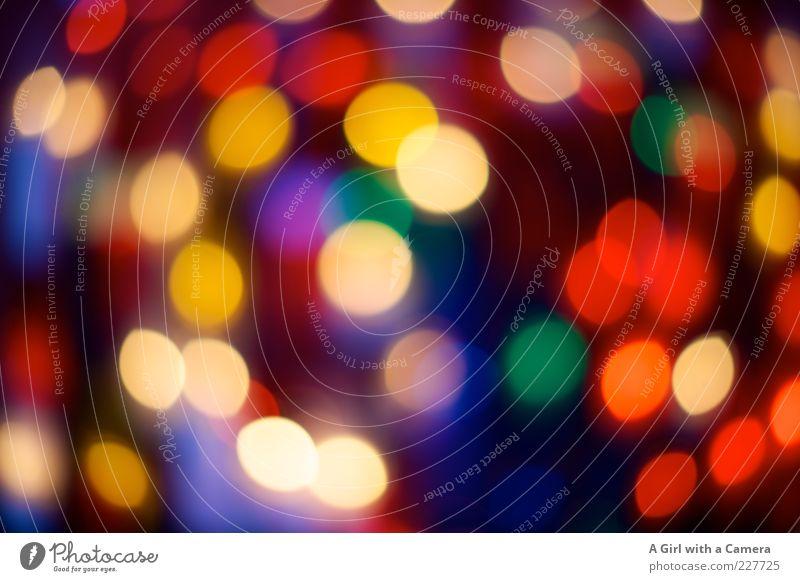 viele bunte Lichter blau grün rot gelb Design Fröhlichkeit rund leuchten viele Nachtleben Lichtpunkt Reflexion & Spiegelung mehrfarbig Stimmung Kerzenstimmung Kerzenglas