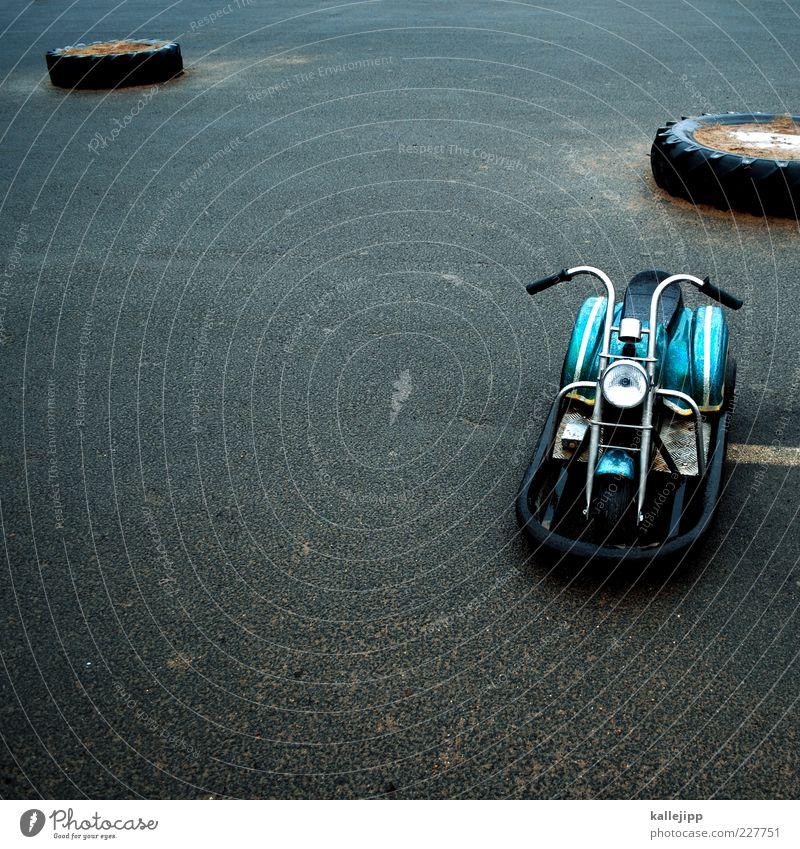 easy r. Straße Spielen Wege & Pfade Freizeit & Hobby stehen Jahrmarkt parken Motorrad Barriere Kleinmotorrad Teer elektronisch Fahrzeug Fahrgeschäfte Autoreifen