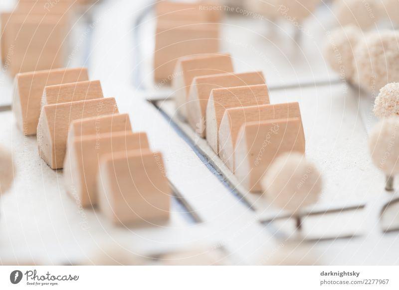 Modell Bau Siedlung aus Holz blau Stadt weiß Haus Ferne Architektur braun Häusliches Leben Zufriedenheit ästhetisch Kreativität Kultur Fröhlichkeit kaufen