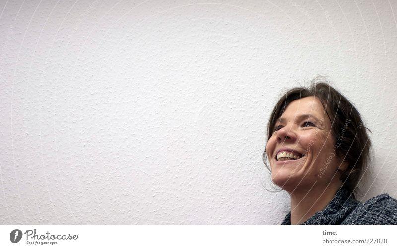 * Frau Mensch Freude Gesicht feminin Leben Kopf Erwachsene Haare & Frisuren lachen Nase Fröhlichkeit stehen Hoffnung Zähne Lächeln