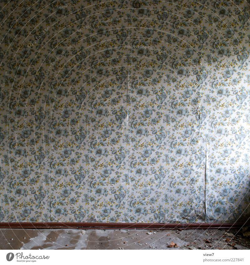 Einfall :: Renovieren Tapete Ornament Linie Streifen alt kaputt retro trist mehrfarbig ästhetisch Einsamkeit Ende rein Verfall Vergangenheit Vergänglichkeit