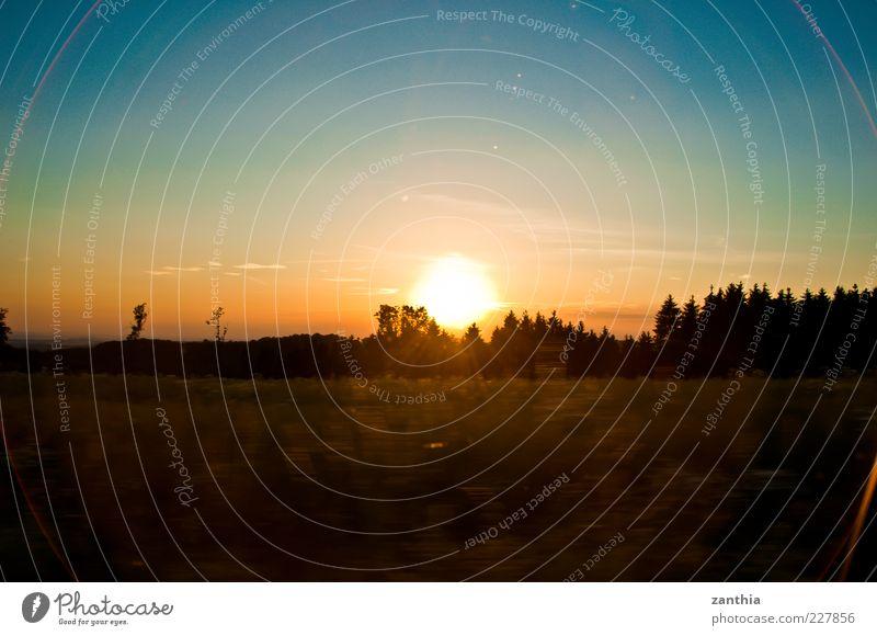 Ende eines Tages Himmel Natur Sonne ruhig Umwelt Landschaft Gefühle Wärme Stimmung Feld Horizont Romantik Vergänglichkeit Ende Idylle Schönes Wetter