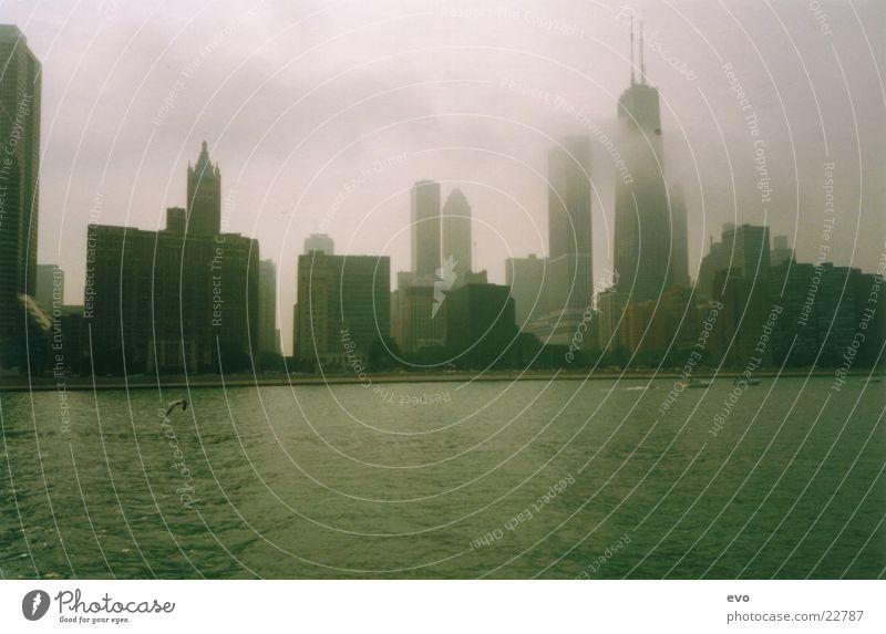 The windy city Wolken Architektur Hochhaus Skyline Chicago