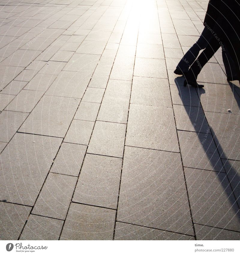 Walk On The Quiet Side Mensch dunkel Freiheit Bewegung Beine Freundschaft Zufriedenheit Schuhe gehen Ausflug Beton Perspektive Wandel & Veränderung schreiten
