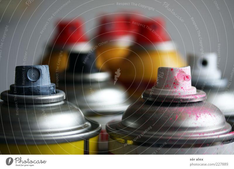 pinkrosa Dose Farbdose Sprühdose modern rot silber Farbe Farben und Lacke Graffiti Spray Kreativität sprühen Freizeit & Hobby abstrakt Vandalismus