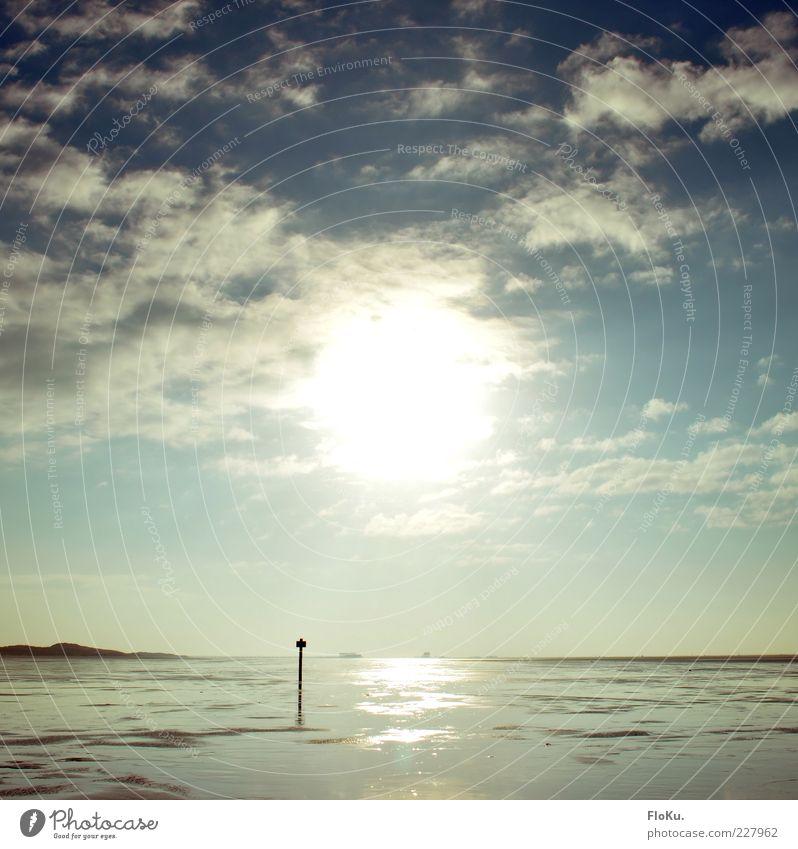 Riesiger Feuerball am Himmel entdeckt! Natur Wasser Himmel weiß Sonne Meer blau Winter Strand Ferien & Urlaub & Reisen Wolken Ferne Landschaft hell Küste Umwelt