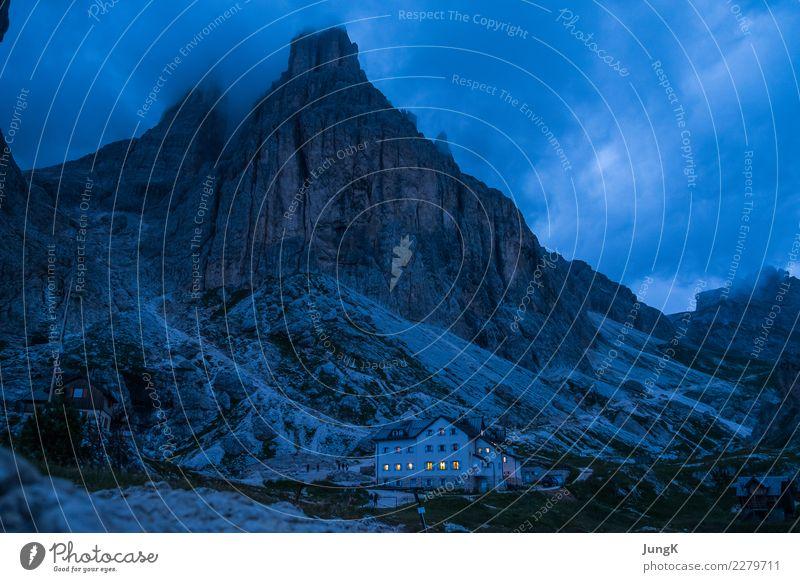Bergabend Natur Ferien & Urlaub & Reisen Landschaft Erholung Einsamkeit ruhig Berge u. Gebirge Glück Freiheit Zufriedenheit wandern Kraft Abenteuer einzigartig