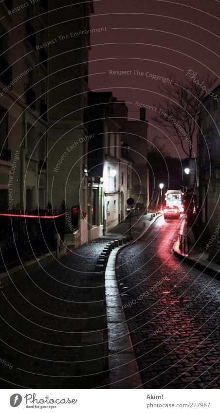 Montmartre de nuit! Stadt Winter Haus Straße Herbst Architektur Stil Bewegung Wege & Pfade Gebäude Stein PKW Lampe Linie Fassade Paris