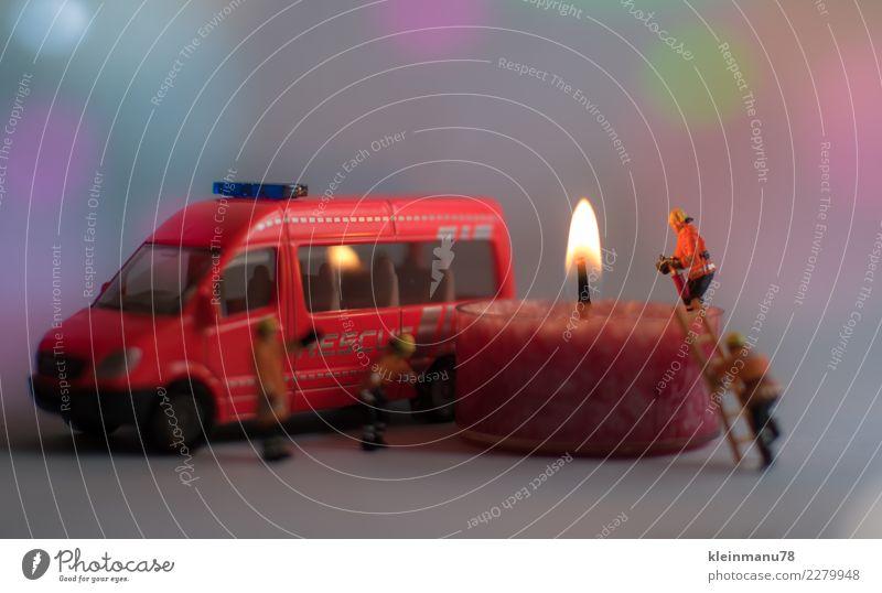 1. Advent Mensch Weihnachten & Advent weiß rot Erwachsene Wärme Gesundheitswesen Feste & Feiern orange Zusammensein Arbeit & Erwerbstätigkeit leuchten maskulin