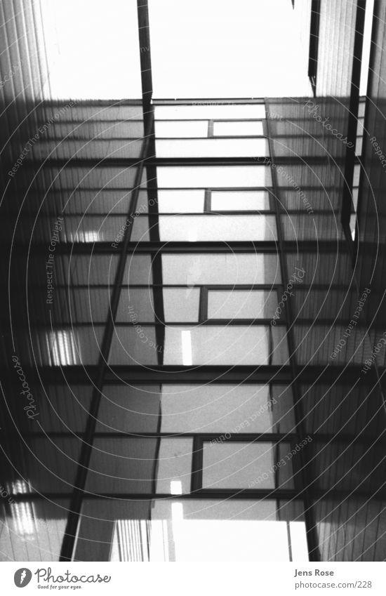 max_planck_01 Institut Licht Wissenschaften Architektur Schwarzweißfoto Schatten