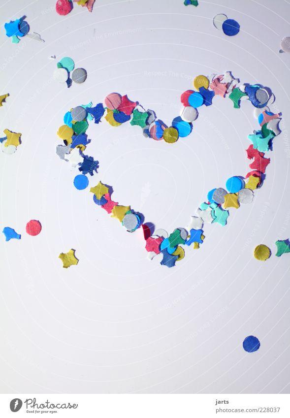 verliebt Glück Herz liegen Fröhlichkeit Papier Verliebtheit mehrfarbig Konfetti herzbewegend herzförmig