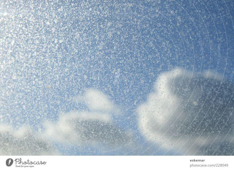 himmlisch Himmel Natur blau schön Wolken hell Wetter dreckig ästhetisch Textfreiraum himmlisch gefleckt Windschutzscheibe nur Himmel