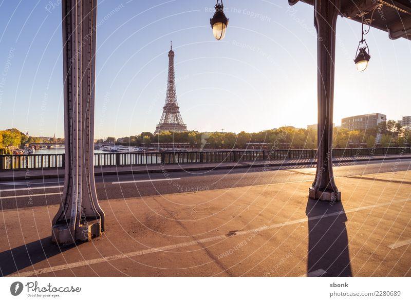 Paris Bir Hakeim Frankreich Stadt Ferien & Urlaub & Reisen Tour d'Eiffel Reisefotografie Stadtzentrum Farbfoto Außenaufnahme Morgen Morgendämmerung Tag