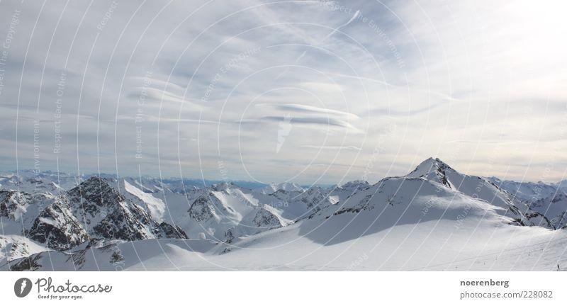 Gipfel der Welt 2 Natur blau weiß Ferien & Urlaub & Reisen Winter Ferne Erholung kalt Schnee Berge u. Gebirge Landschaft grau natürlich Alpen gigantisch
