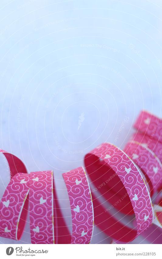 Herzensrolle Feste & Feiern Fröhlichkeit blau rosa Freude Glück Lebensfreude Stimmung Luftschlangen Rolle Spirale Herzlichen Glückwunsch Papierrollen Windung