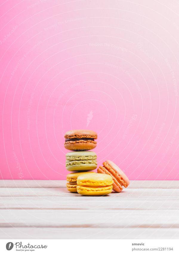 Makronen Lebensmittel Kuchen Dessert Süßwaren Schokolade Ernährung Frühstück Kaffeetrinken Tisch Diät authentisch lecker lustig rosa backen Biskuit Unschärfe