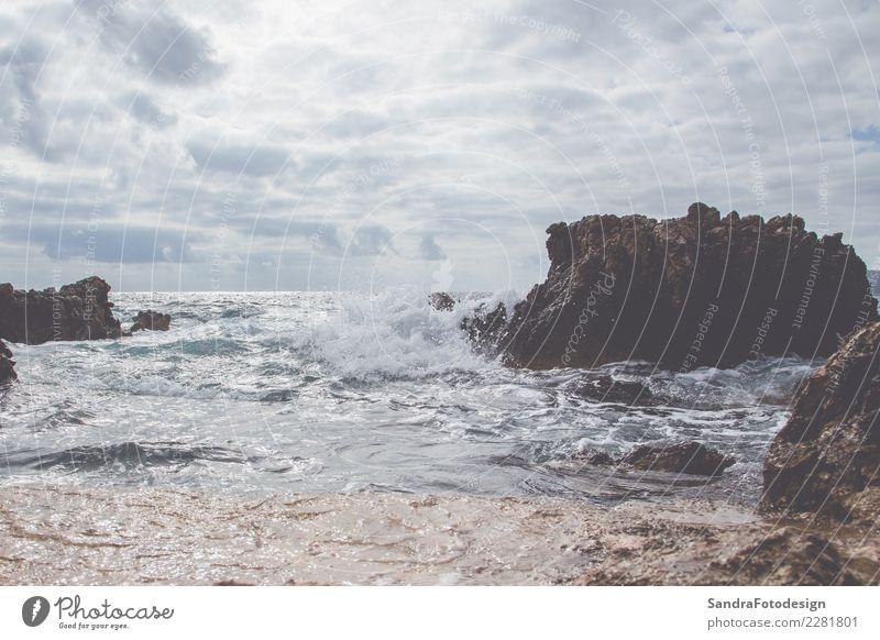 Wave on the coast of Mallorca Himmel Natur Ferien & Urlaub & Reisen Sommer Wasser Landschaft Meer Freude Strand Umwelt Küste Sport Glück Schwimmen & Baden
