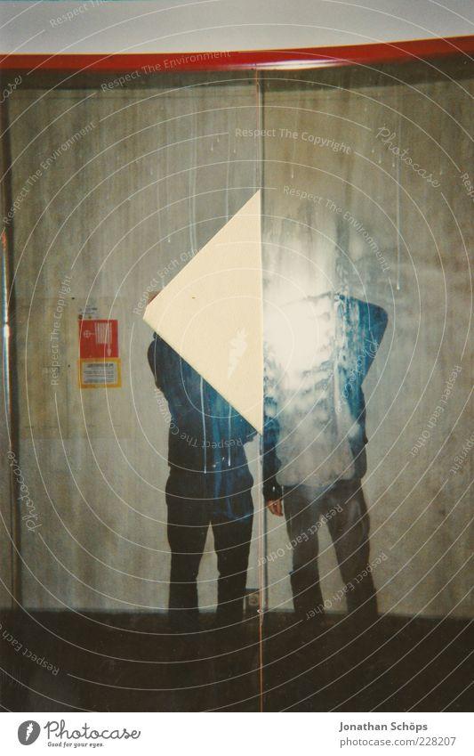 Dreieck Mensch Freude Stil Freundschaft maskulin verrückt Papier Lifestyle leuchten Spiegel Teilung Trennung Langeweile Leichtigkeit anonym links