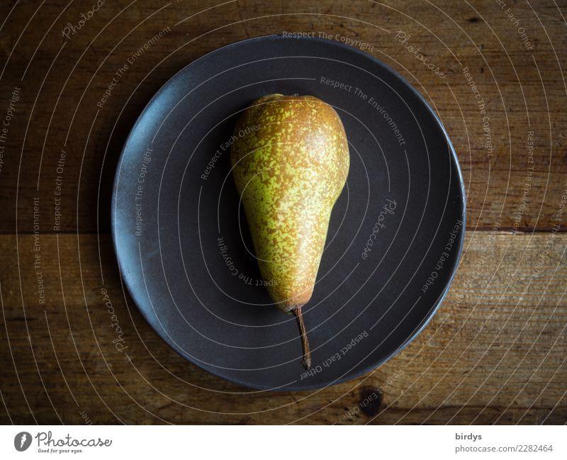 Ein Teller Birne Gesunde Ernährung gelb Gesundheit braun Frucht frisch einfach lecker Appetit & Hunger positiv Diät Vegetarische Ernährung Holztisch saftig