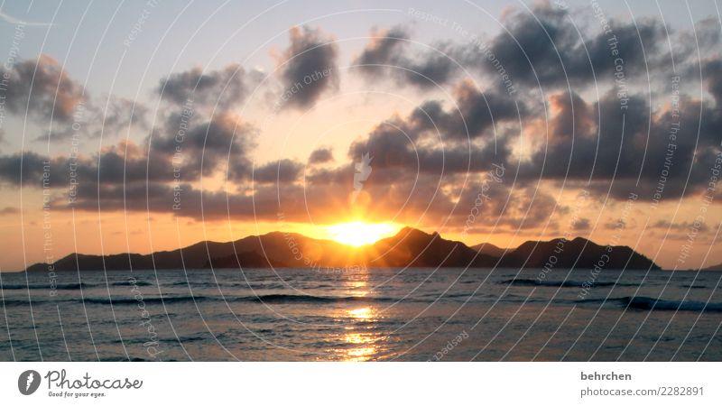 der perfekte moment... Himmel Ferien & Urlaub & Reisen Wasser Landschaft Meer Wolken Ferne Strand Berge u. Gebirge Küste außergewöhnlich Tourismus Freiheit