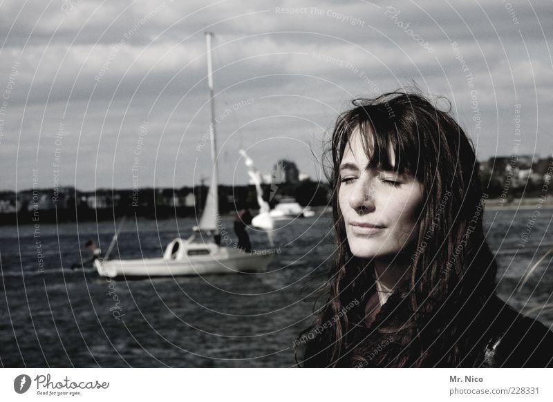 groov Mensch Jugendliche Wasser schön Ferien & Urlaub & Reisen Meer ruhig Gesicht Erholung feminin Küste Kopf See träumen Wetter Zufriedenheit