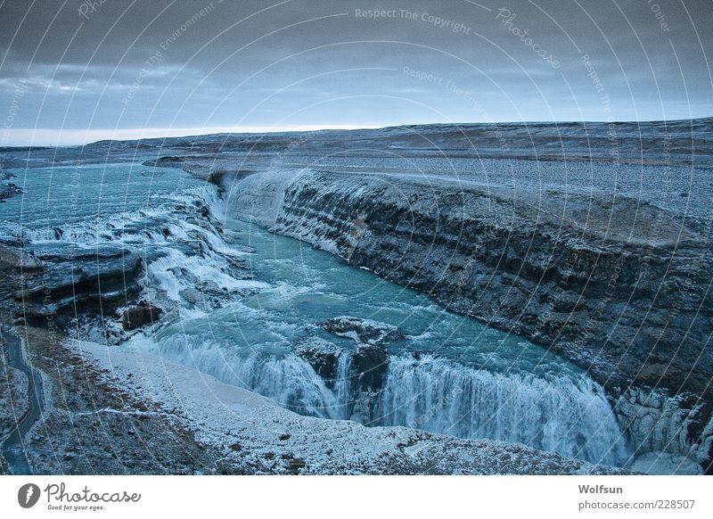 Wasserfall am Morgen Himmel Natur Wasser blau Ferien & Urlaub & Reisen Winter Wolken ruhig Ferne kalt Freiheit Landschaft grau Horizont Ausflug Tourismus
