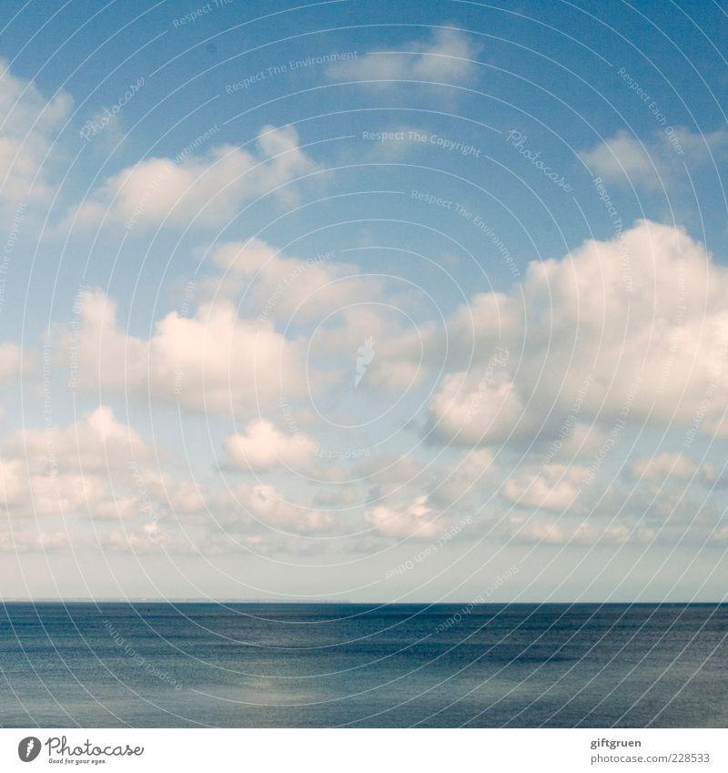 boundless blue Umwelt Natur Landschaft Urelemente Luft Wasser Himmel Wolken Sommer Klima Klimawandel Wetter Schönes Wetter Meer ästhetisch schön blau Kraft