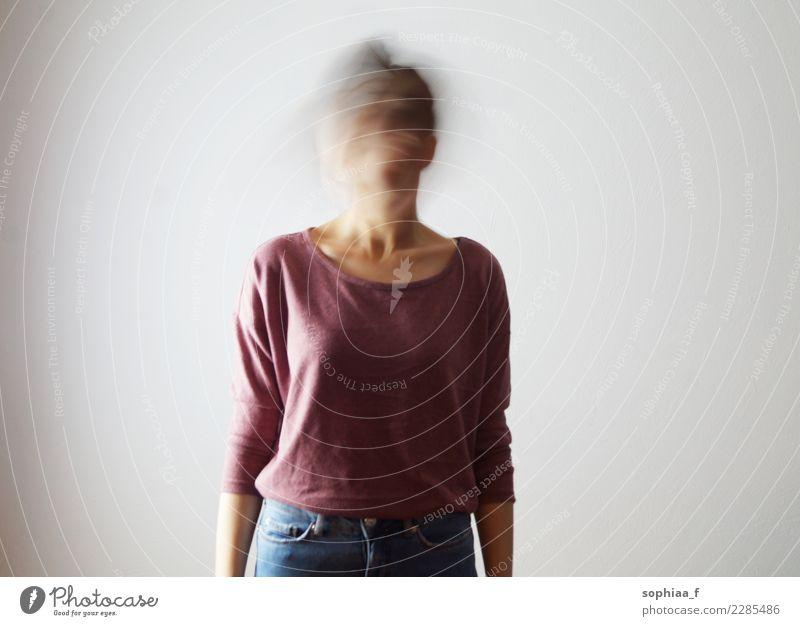 confused Mensch Jugendliche 18-30 Jahre Erwachsene Gefühle feminin Denken Angst 13-18 Jahre Perspektive Wandel & Veränderung Zukunftsangst Sehnsucht dünn Stress