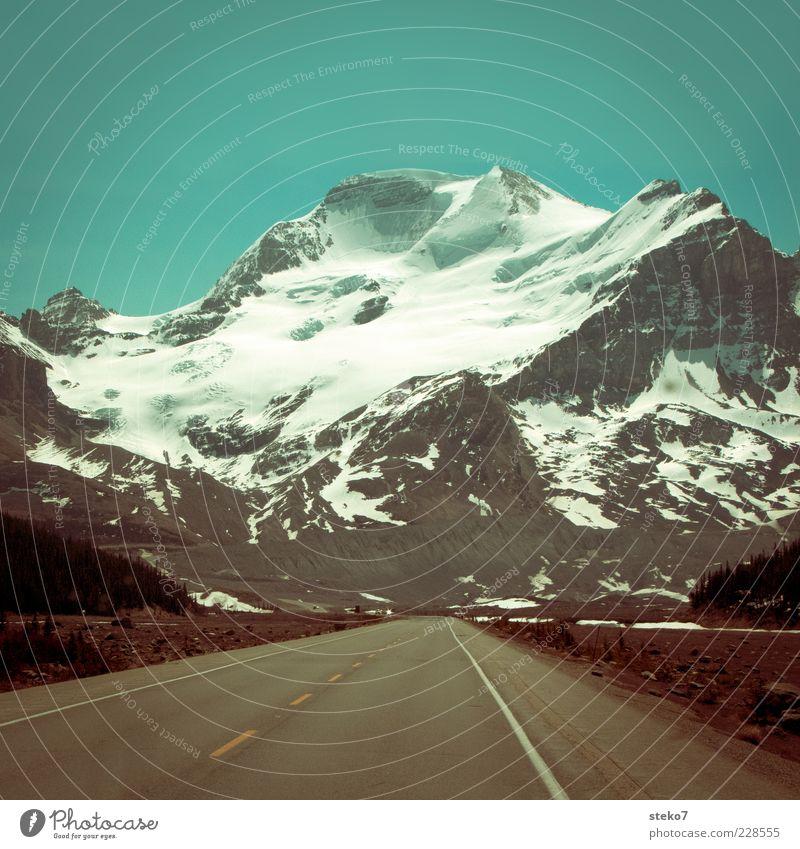 Tunnelbauer gesucht Einsamkeit Ferne Straße Landschaft Berge u. Gebirge Asphalt Gipfel Autobahn Kanada Gletscher Wolkenloser Himmel Schneebedeckte Gipfel