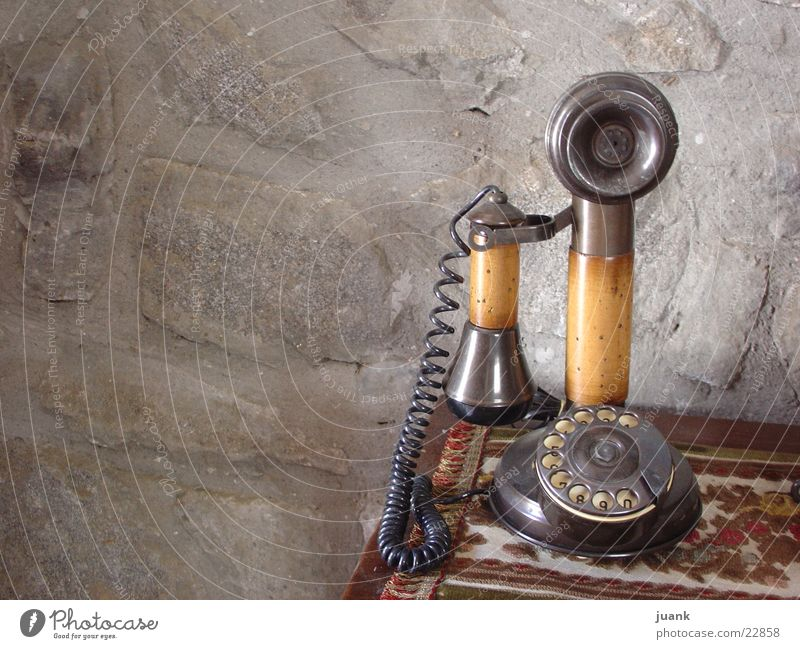 telephone Dinge Telefono de casa mariano en Benasque -Huesca-