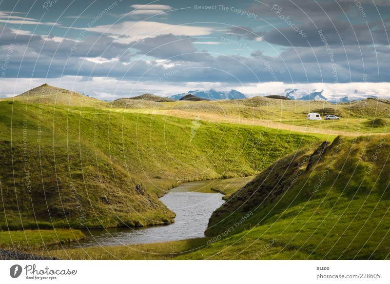 Urlaub in Mittelerde Himmel Natur Ferien & Urlaub & Reisen blau grün Landschaft Wolken Umwelt Berge u. Gebirge Wiese Reisefotografie außergewöhnlich Horizont