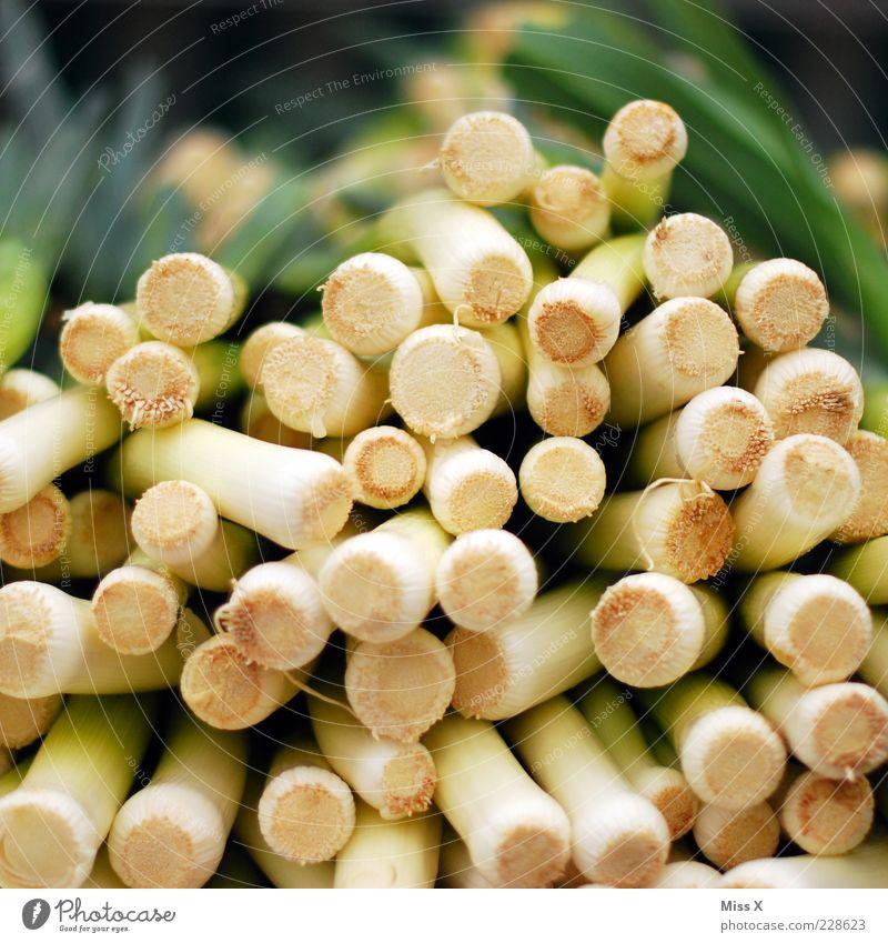 Porree-Q Lebensmittel Gemüse Ernährung Bioprodukte Vegetarische Ernährung frisch Lauchstange Wochenmarkt Gemüsemarkt Gemüseladen Obst- oder Gemüsestand viele