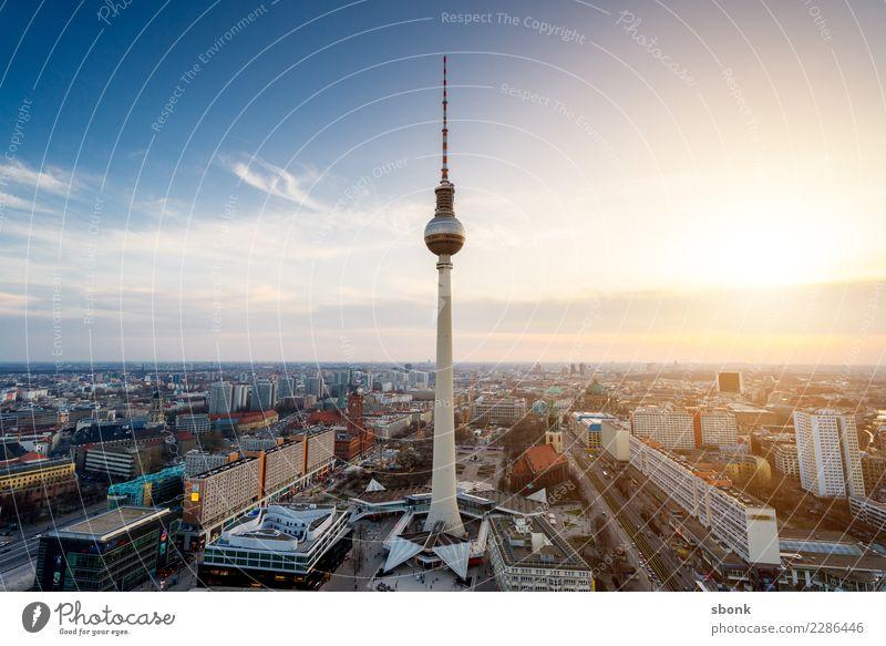 Der Turm am Alex Ferien & Urlaub & Reisen Berlin Berliner Fernsehturm Berlin-Mitte Stadt Hauptstadt Stadtzentrum Skyline Bauwerk Gebäude Architektur