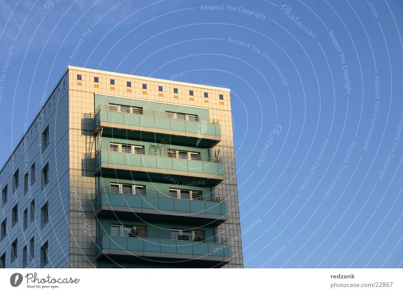 Plattenbau Himmel Architektur Hochhaus Balkon Aussicht Osten Plattenbau Alexanderplatz