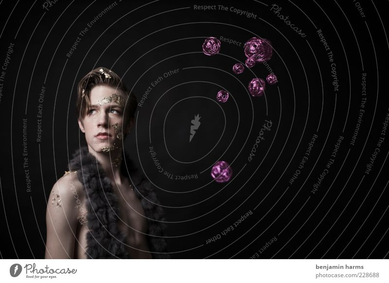 Habgier #5 Mensch Jugendliche Erwachsene Stil maskulin modern Lifestyle violett Fell Kugel 18-30 Jahre Reichtum Schweben Surrealismus Stolz Hochmut