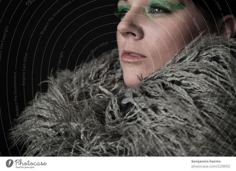 Neid #2 Mensch Jugendliche grün feminin Gefühle Erwachsene grau elegant 18-30 Jahre Gesichtsausdruck Junge Frau Frustration Hochmut Misstrauen