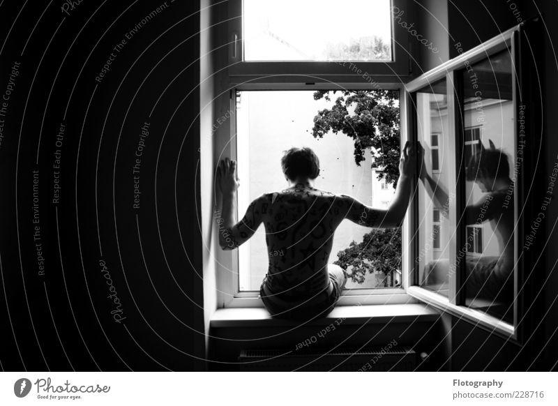 thinking... Mensch maskulin Junger Mann Jugendliche Haut Rücken 1 18-30 Jahre Erwachsene Zeichen Ziffern & Zahlen Ornament Linie Pfeil Fragezeichen beobachten