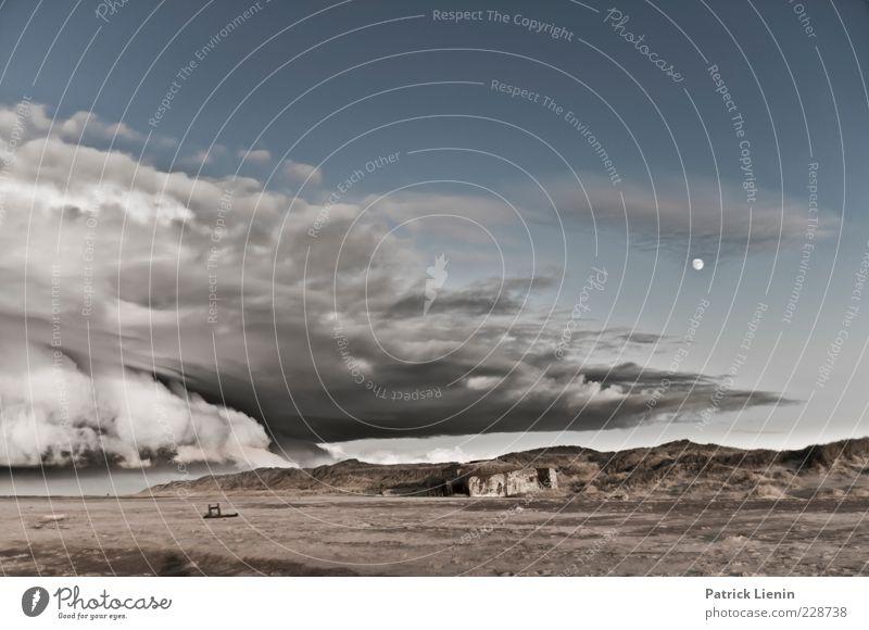 The weather´s fine Umwelt Natur Landschaft Urelemente Luft Himmel Wolken Gewitterwolken Mond Winter Klima Wetter Wind Küste Strand Nordsee Meer wild Stimmung