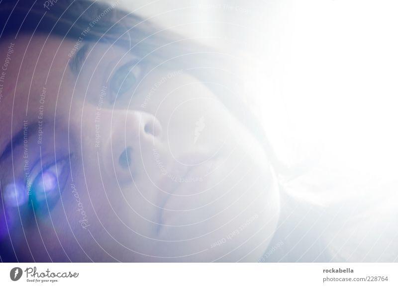 traumgelaende. Mensch Jugendliche schön Auge feminin Erwachsene träumen ästhetisch einzigartig rein 18-30 Jahre Leidenschaft Erwartung Junge Frau Blendenfleck