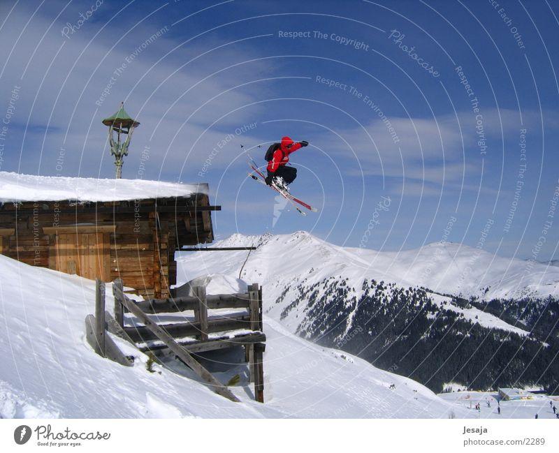 Skisprung Haus Skifahren Alpen Hütte Wintersport Extremsport