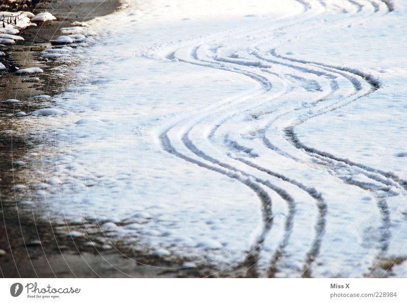 Don´t drink n drive Winter Schnee Wege & Pfade Eis Frost Kurve Reifenspuren Zickzack Schneespur Schlangenlinie Wellenform Wellenlinie
