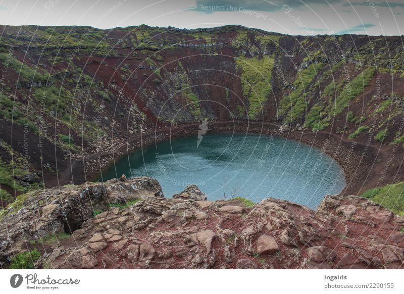 Trollland Tourismus Ausflug Insel Berge u. Gebirge wandern Natur Landschaft Sträucher Moos Vulkan See außergewöhnlich natürlich wild Kraterrand vulkanisch