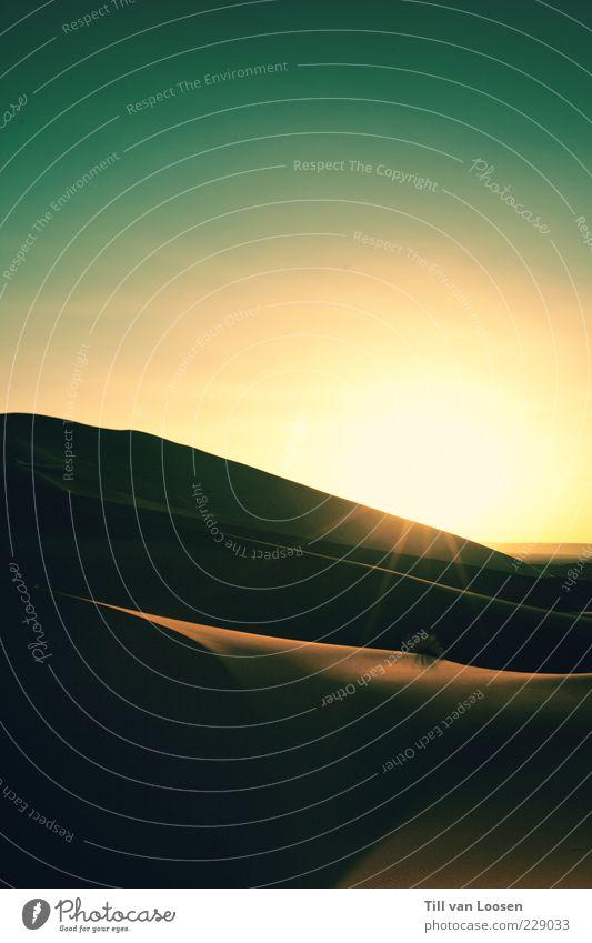 Sahara Sunrise Himmel Natur Sonne Sommer Ferne Umwelt Landschaft Gefühle Sand Stimmung Horizont authentisch Warmherzigkeit Wüste rein Düne
