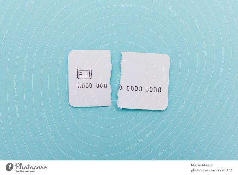 Tschüss Kreditkarte. Kaputte Kreditkarte aus Papier. kaufen Reichtum Kapitalwirtschaft Geldinstitut sparen ästhetisch einfach modern blau weiß Laster sparsam