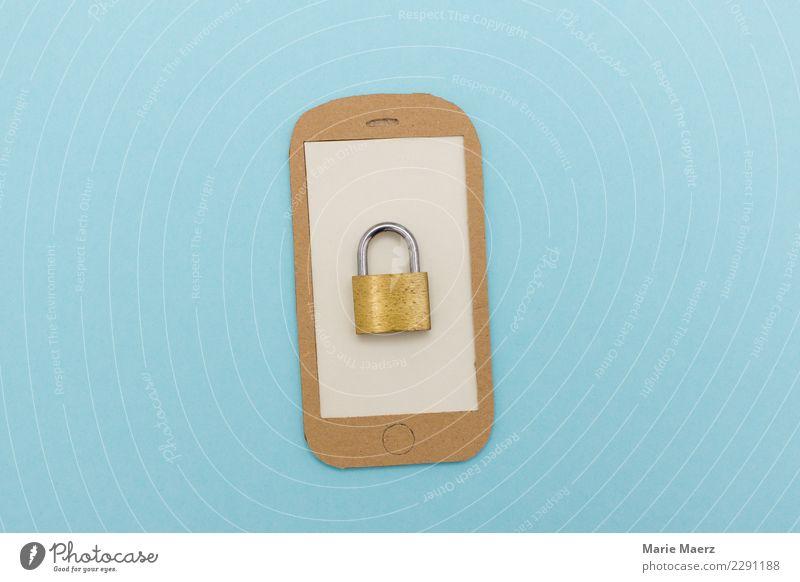 Gesichertes Smartphone. Geschlossenes Schloss auf Display. Handy PDA Telekommunikation Informationstechnologie hängen Kommunizieren modern nerdig blau